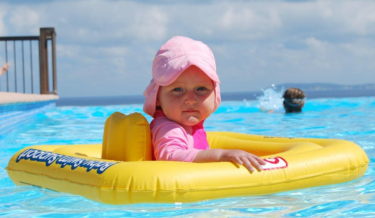 2da3d1ffc Cuidados a ter com as crianças na praia e na piscina
